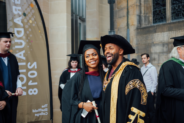 Sheffield_College_graduation_Helena_Dolby-6100.jpg